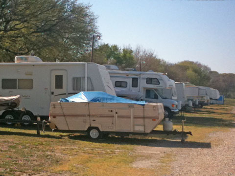 Outside Rv And Boat Parking 380 Rv Storage Boat Storage Auto And Household Storage In